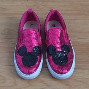 Gap Fuschia/Blk Sparkle Mickey Ears Sneaker, 4